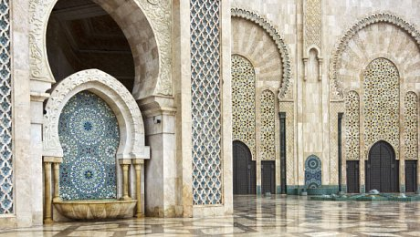 Imperial-cities-tour-Morocco-Casablanca-Hassan II fountain