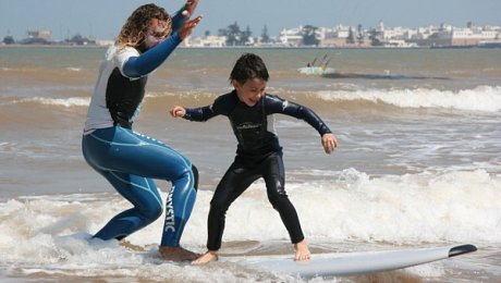 Essaouira-surfing-lessons-Explroa-Souks, Surf-and-Trek tours