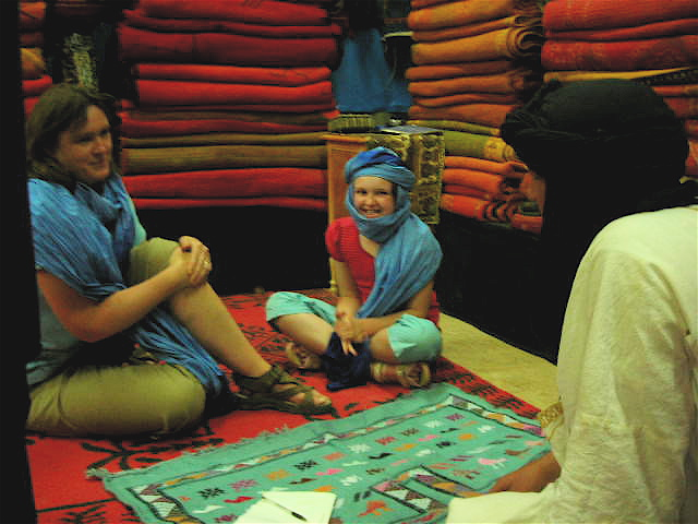Haggling for Carpets