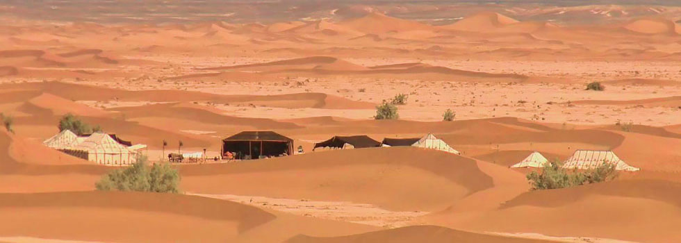 Luxury desert camp in Erg Chigaga