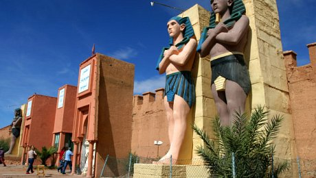 Morocco-family-holiday-ouarzazate-Atlas-film-studios