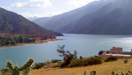 Morocco-adventure-holidays-Ouirgane-lake-valley