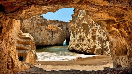 Northern-Morocco-tours-hercules cave